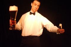 """Spaß Kellner Ullich Steybe: """"Welches Bierchen hätten's denn gerne?"""""""