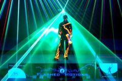 Laser, Schwarzlicht und Jonglage - eine grandiose Mischung