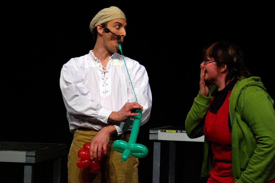 modellierluftballons archive ullich steybe comedy kellner walk act jongleur der k nstler. Black Bedroom Furniture Sets. Home Design Ideas